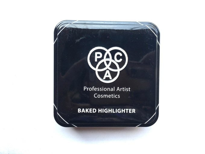 PAC Cosmetics Baked Highlighter 08 Review, Swatches front