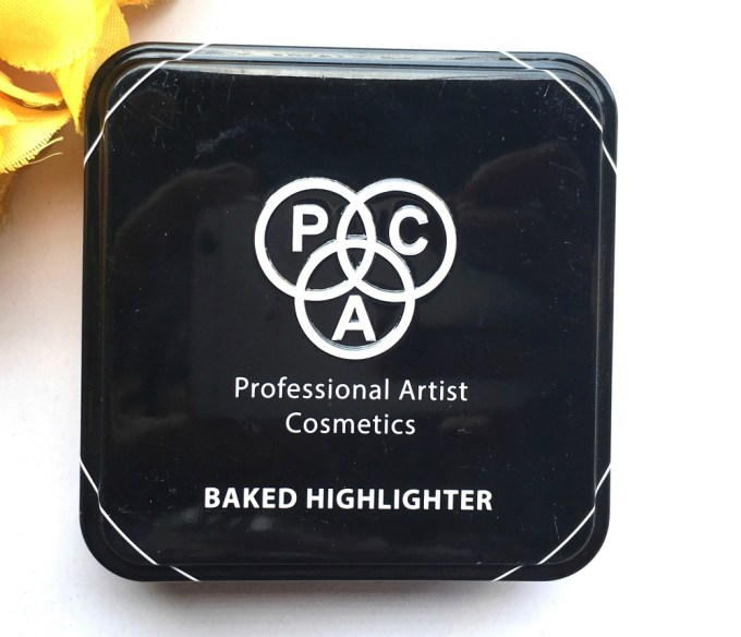 PAC Cosmetics Baked Highlighter 08 Review, Swatches packaging