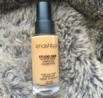 Smashbox Studio Skin 15 Hour Wear Hydrating Foundation Review, Shades, Swatches