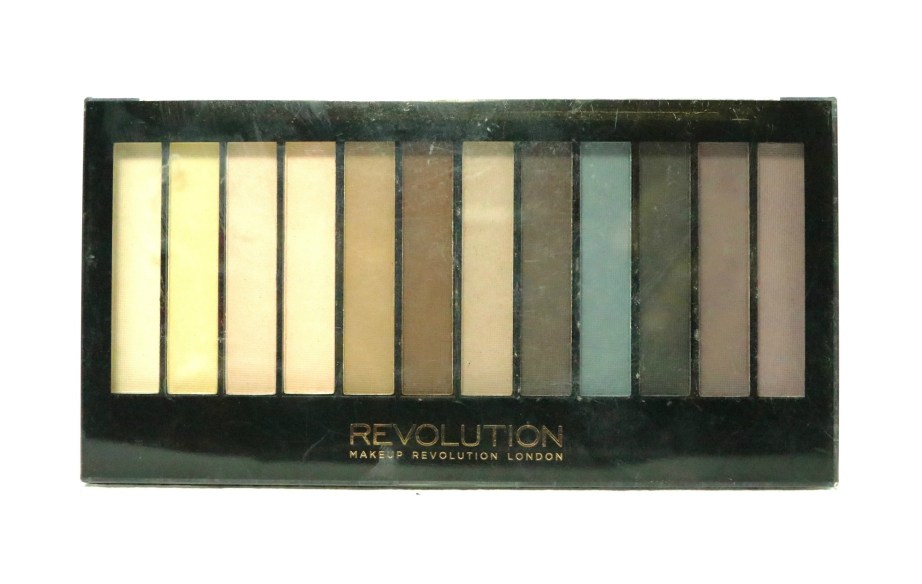 Makeup Revolution Essential Mattes Redemption Eyeshadow Palette Review, Swatches