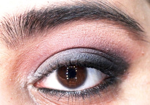 Too Faced Shadow Insurance Eyeshadow Primer Review, Swatches, Demo Smokey Eyes Makeup MBF Blog