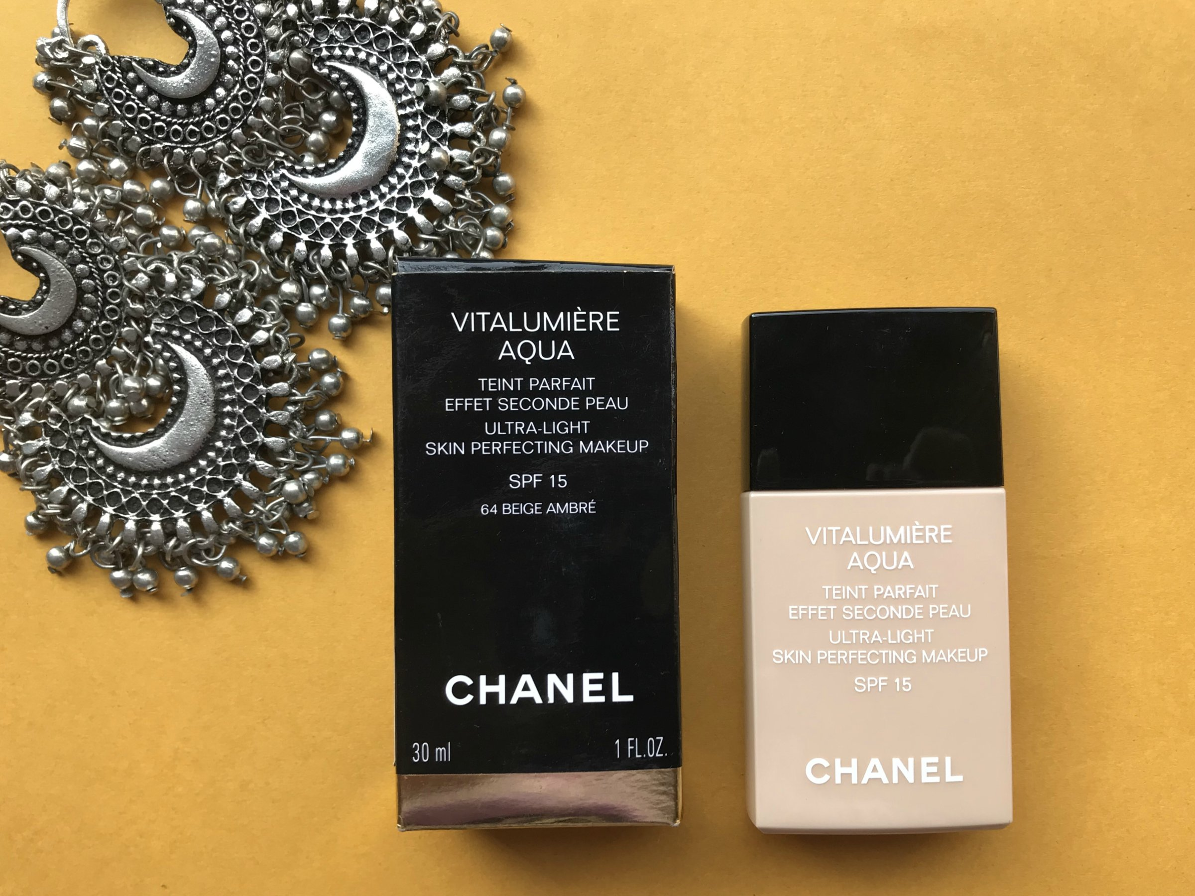 Chanel Vitalumi 232 Re Aqua Ultra Light Skin Perfecting Makeup