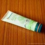 himalaya herbals aloe vera face wash