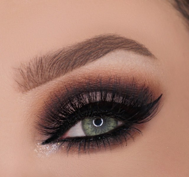 Cut Crease Eye Makeup Glamorous Cut Crease How To Create A Cut Crease Eye Makeup Look