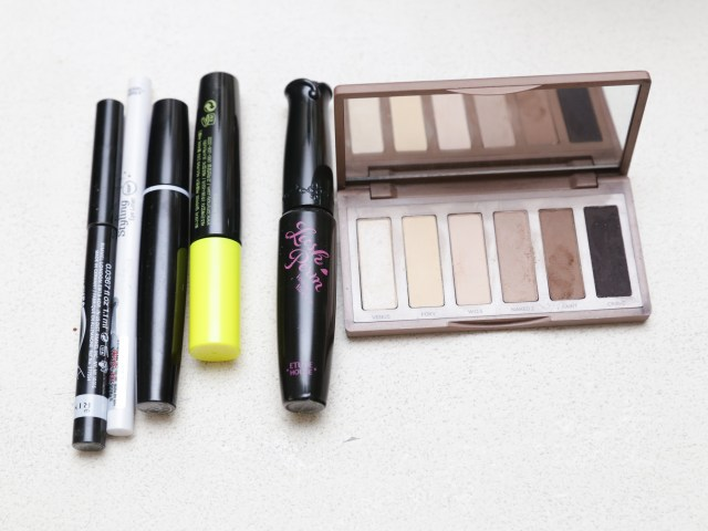 Eye Makeup For Brown Eyes Steps How To Apply Great Makeup For Brown Eyes 11 Steps With Pictures