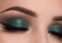 Green Eye Makeup Metallic Green Smokey Eyes Makeup Tutorial Youtube