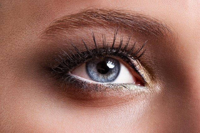 Makeup For Hooded Eyes Eye Makeup Tricks For Hooded Eyes Better Homes And Gardens