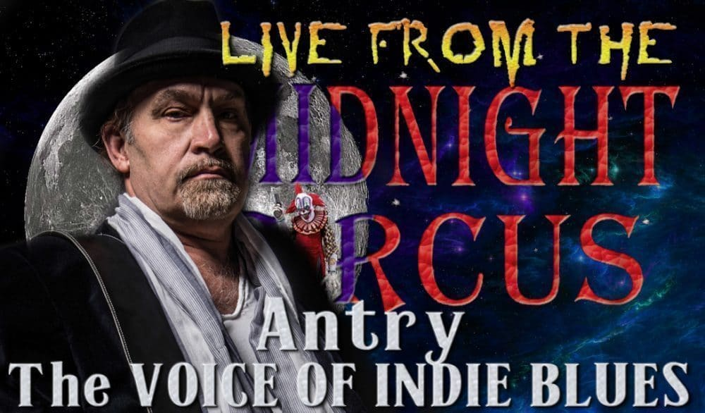 "<a class=""amazingslider-posttitle-link"" href=""http://www.makingascene.org/live-midnight-circus-featuring-antry/"" target=""_blank"">LIVE from the Midnight Circus Featuring Antry</a>"