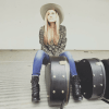 "<a class=""amazingslider-posttitle-link"" href=""http://www.makingascene.org/singersongwriter-kate-van-dorn-brings-rootsy-alternative-sound-new-york/"" target=""_blank"">Singer/Songwriter Kate Van Dorn Brings Rootsy Alternative Sound to New York</a>"