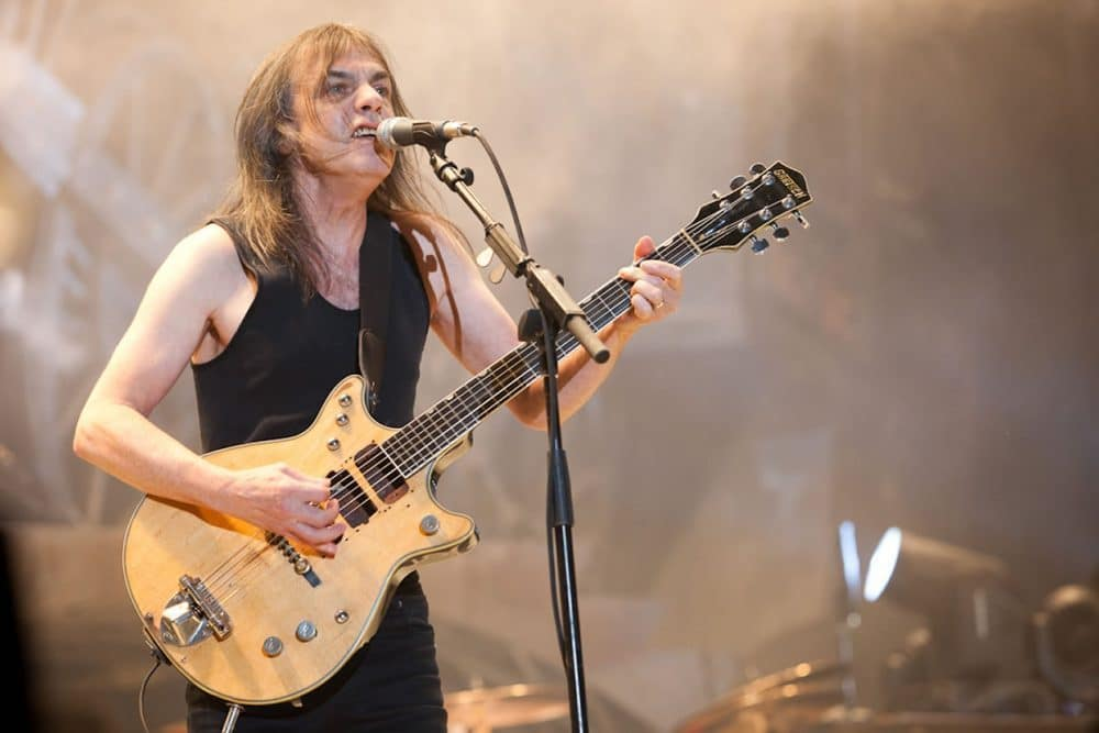 Malcolm Young of AD/DC Passes away