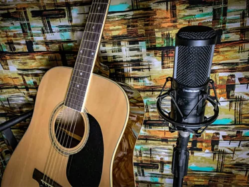 Top 4 Microphones For Recording Acoustic Guitar Under $100