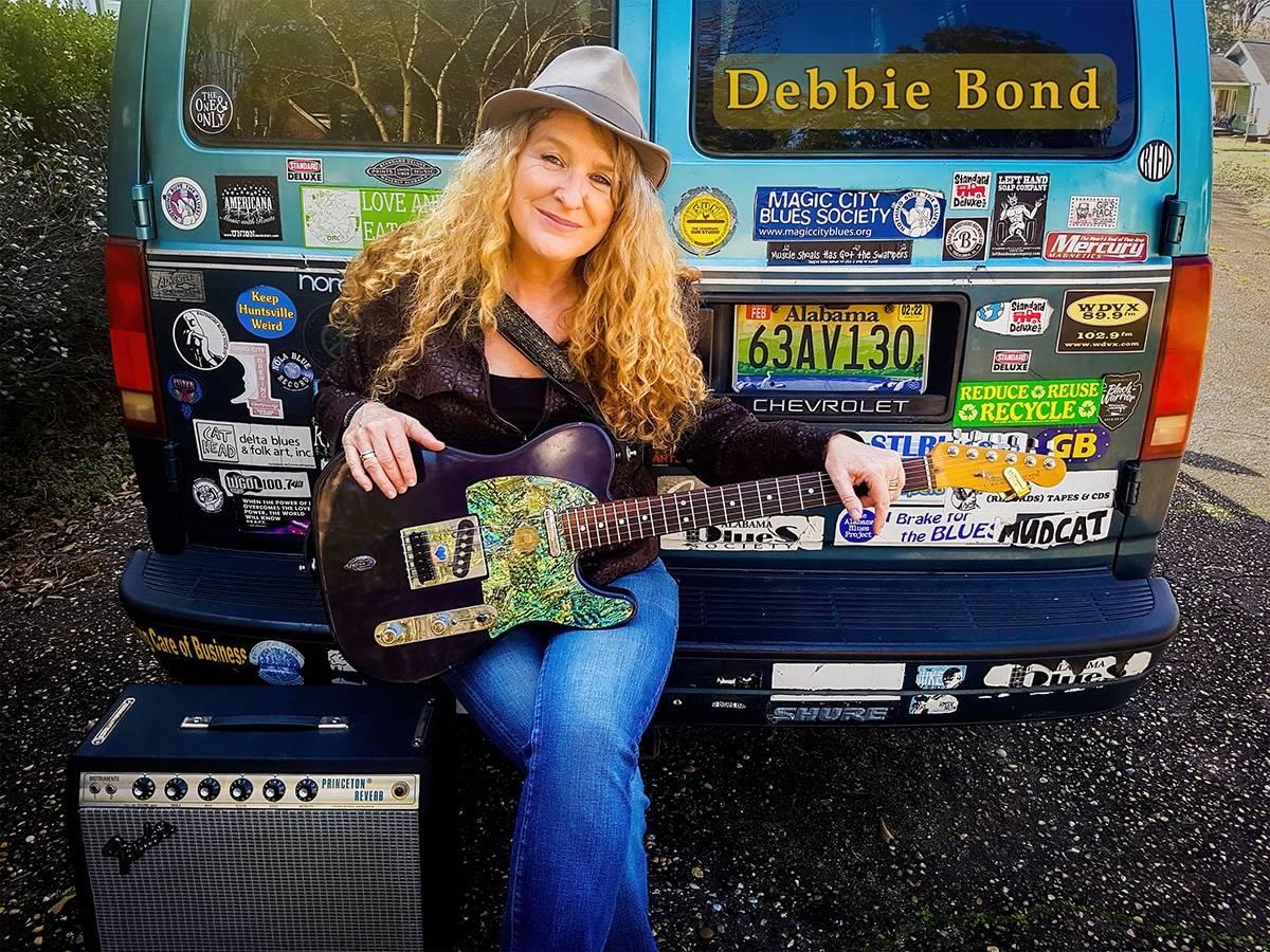 Debbie Bond is Making a Scene
