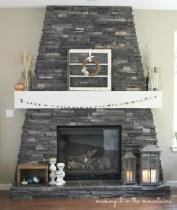Cozy Fall Fireplace :: making it in the mountains #falldecor #fallfireplace #fallmantel
