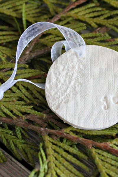 Clay Christmas Ornament :: making it in the mountains