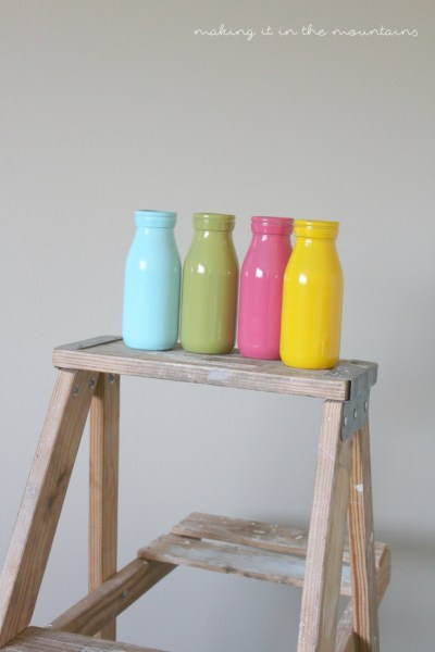 These bright & cheery milk bottle vases were SO perfect for Summer!  You'll never believe how quick & easy they were to make!