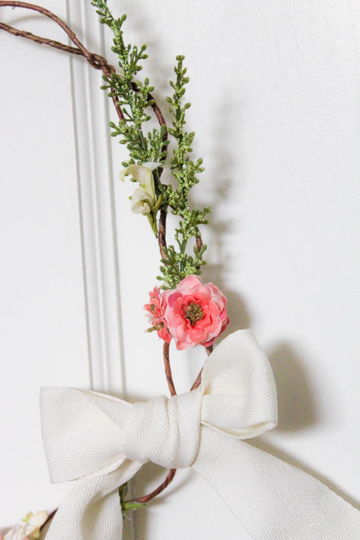 Floral Crown Inspired Spring Wreath   www.makingitinthemountains.com