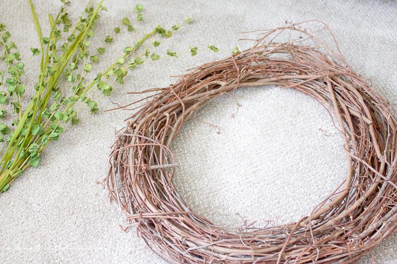 10 Minute Wreath