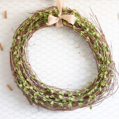 10 Minute Decorating: Easiest Ever DIY Four Season Wreath