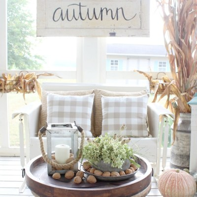 10 Cozy Fall Porches with Farmhouse Style