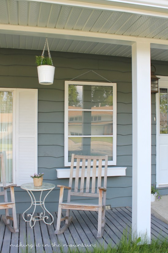 Front Porch - Before | www.makingitinthemountains.com