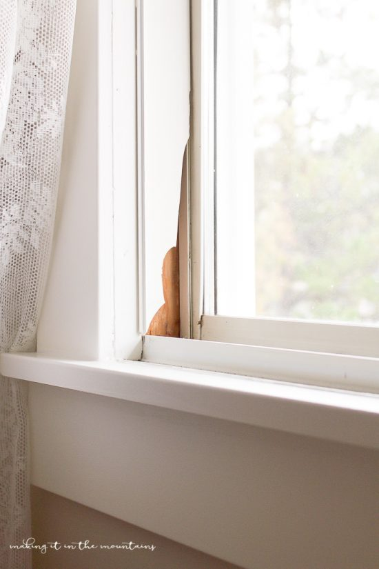 How to Know When it's Time to Replace your Old Windows | www.makingitinthemountains.com