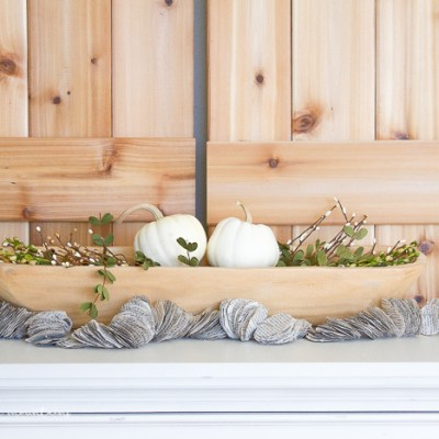 A Sweet and Simple Farmhouse Fall Centerpiece