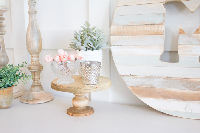 DIY Wood Cake Stand | www.makingitinthemountains.com