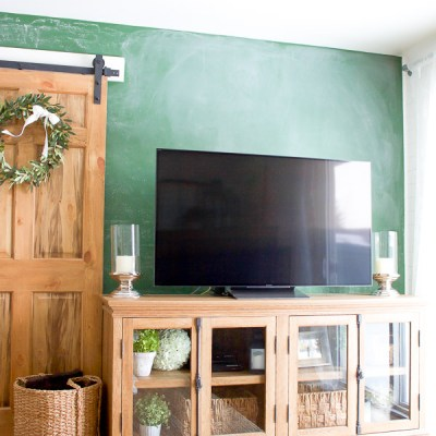 Farmhouse Home: How to Style a TV Stand