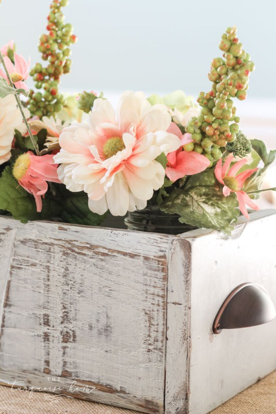 DIY Farmhouse Wooden Box Centerpiece