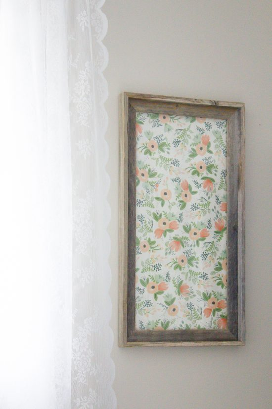 See how I turned an old picture frame into a DIY dry erase board that's both functional and pretty! | www.makingitinthemountains.com