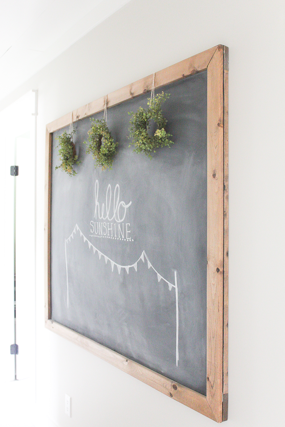 10 Minute Decorating Easy Summer Chalkboard Art Making It In The Mountains