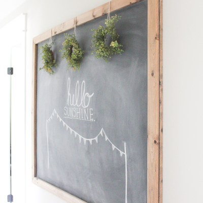 10 Minute Decorating: Easy Summer Chalkboard Art