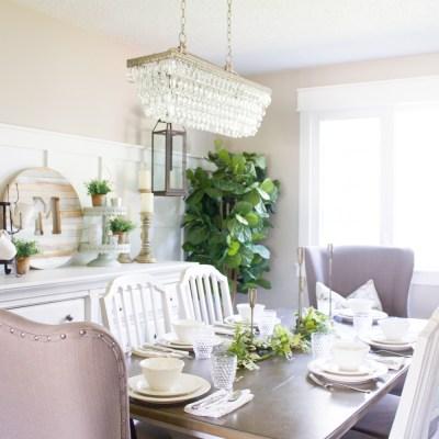 Back to Basics: A Simple Farmhouse Summer Tablescape