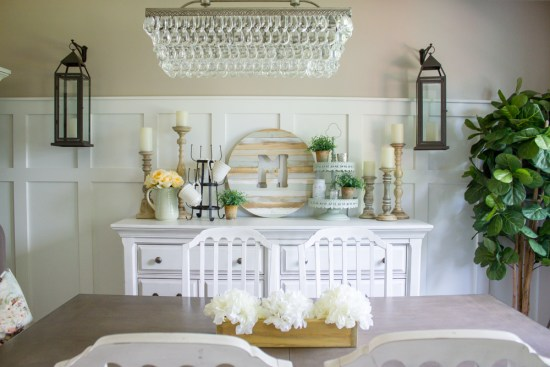 Farmhouse Summer Dining Room