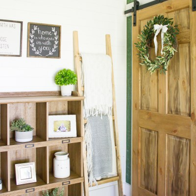 Farmhouse Home: 30 Minute DIY Blanket Ladder