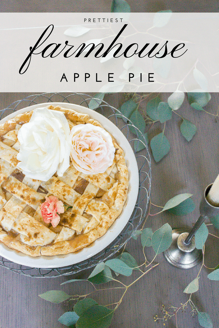 Turn any old pie into the prettiest farmhouse pie with this simple trick... www.makingitinthemountains.com