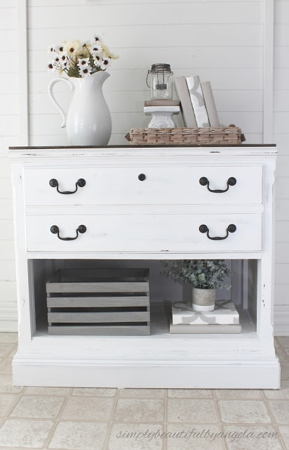 DIY Curbside Dresser Makevoer