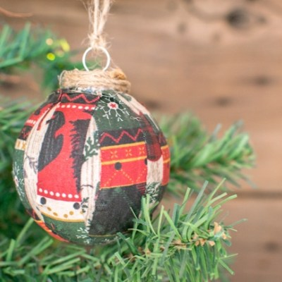 DIY Fabric Scrap Christmas Ornament