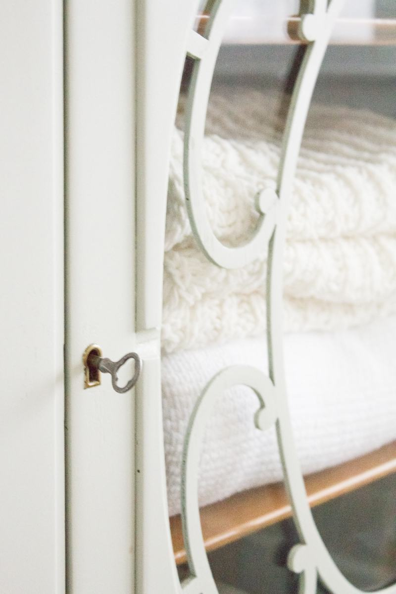 One Room Challenge {Week Seven}: Farmhouse Style Guest Bedroom Reveal