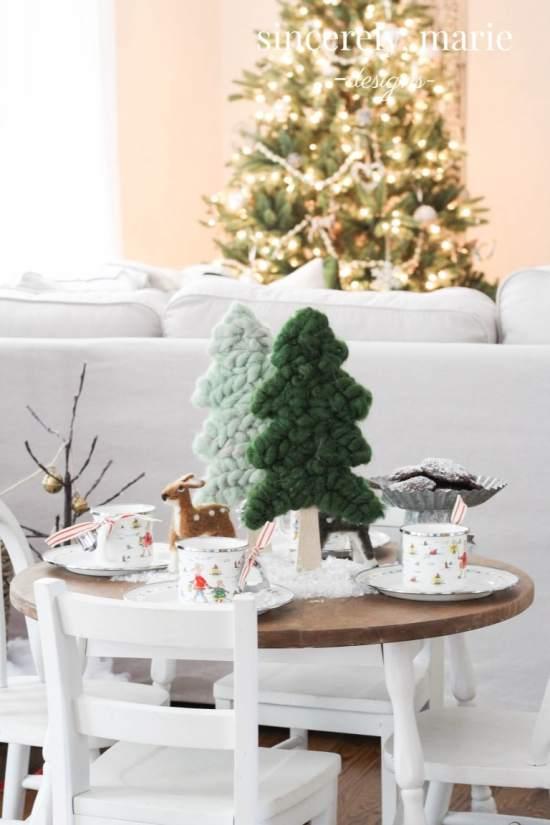 Kid's Woodland Holiday Table
