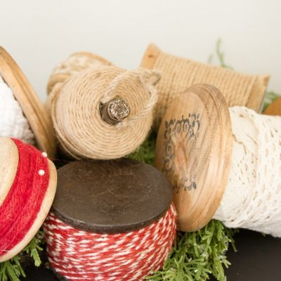 How to Make DIY Christmas Ribbon Spools