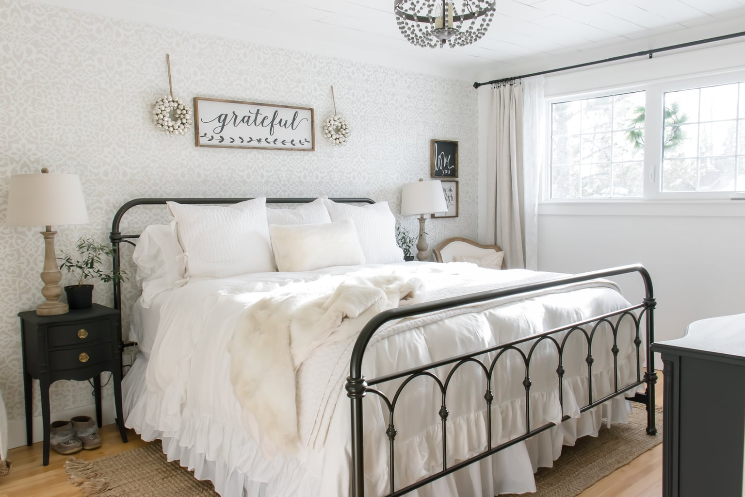 Simple Farmhouse Christmas Bedroom Decor Making It In The Mountains