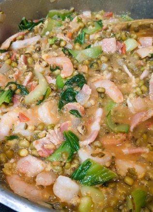 Add shrimp to munggo