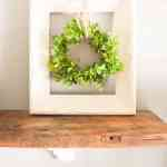 Simple Farmhouse Decor: Upcycled Frame and Wreath