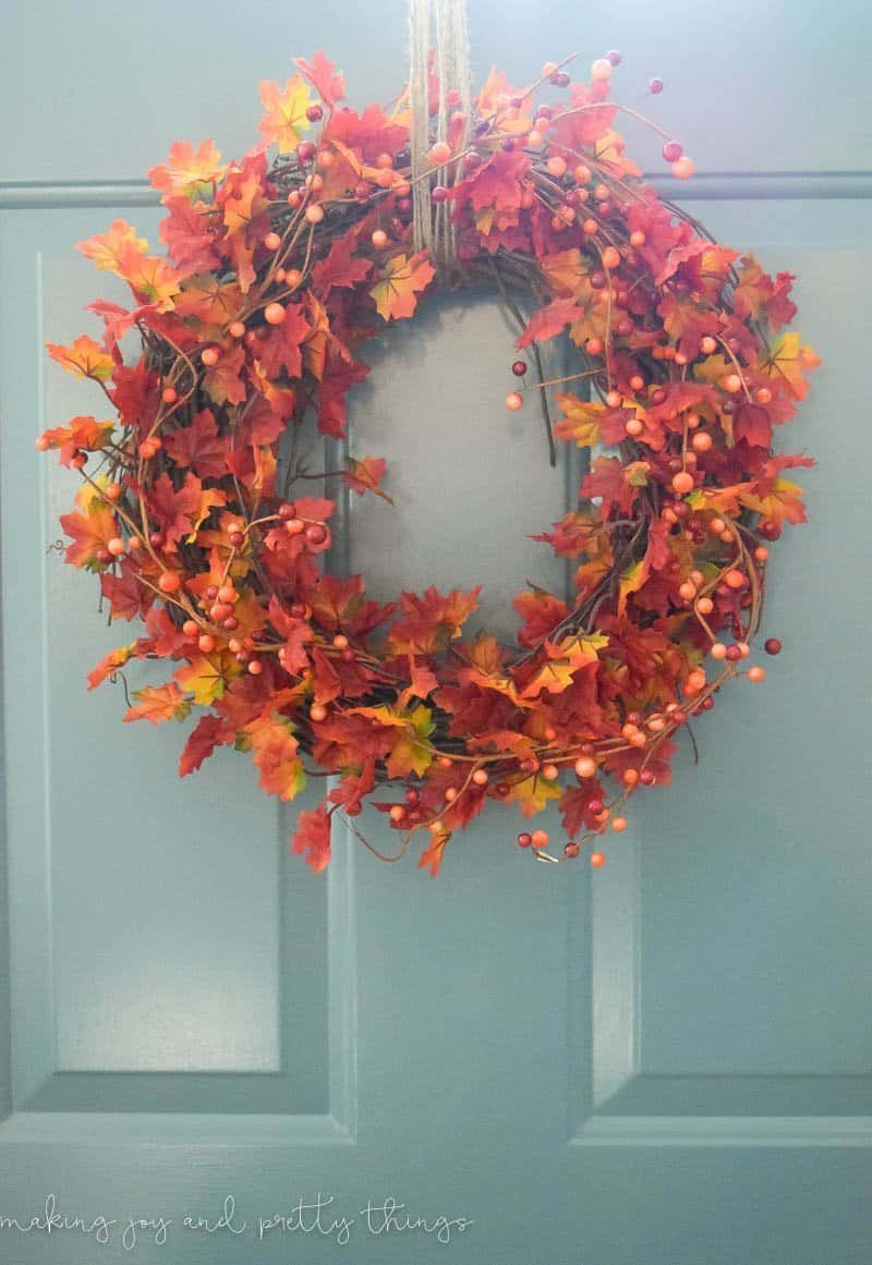 DIY Traditional Fall Wreath.