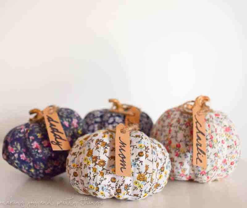 Simple Farmhouse Decor: Fabric Washi Tape Pumpkin Place Setting