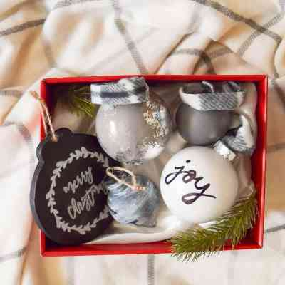 6th Day of Craftmas:  DIY Farmhouse Style Ornaments