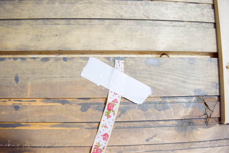farmhouse style | farmhouse deocr | farmhouse christmas | rustic christmas card holder | farmhouse