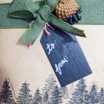 Rustic Gift Wrap Ideas Using Pinecones