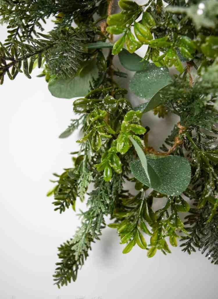 How to Make your own garland   Garland DIY   DIY Garland Ideas   DIY Garland Christmas   DIY Garland Greenery  